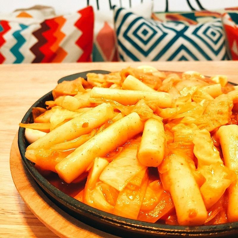 nhung-mon-an-ngap-pho-mai-lam-cac-thuc-khach-lieu-xieu-tai-june-noodle-house (4)