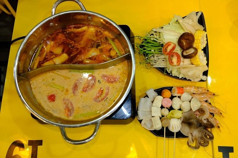 huong-dan-cach-lam-lau-tom-yum-chuan-vi-thai (1)